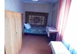 Продам  2-комнатую квартиру в районе СЕДОВА по ул.Волкова.