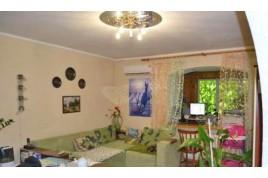 Хорошая 2 комнатная квартира  р-н Волкова -Рождественской