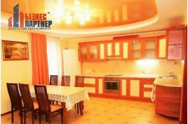 2 кімнатна квартира по вул. Героїв Дніпра