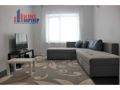 Продам уникальную 3 комнатную двухуровневую квартиру
