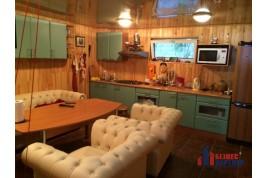 Продается двухэтажный дом на причале