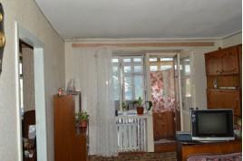 Продається 3-х кімнатна квартира в районі Криваліївського ринку.