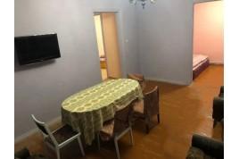 Здаються кімнати або койкомісце в будинку по вул. Чорновола