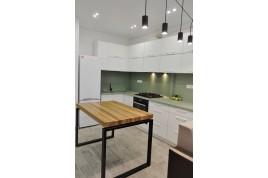 Шикарная светлая квартира в  новом доме на центральной Мытнице