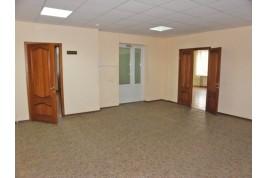 Аренда офисов в промышленном и деловом районе Черкасс