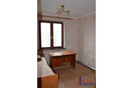 3 кімнатна квартира по вул. Гагаріна 93, Центральна Митниця
