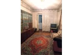 Продається 3-х кімнатна квартира в р-н Митниця