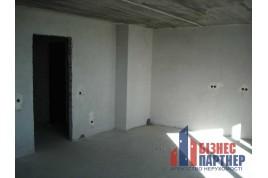Продається 2-х кімнатна квартира в новому будинку, тихий центр