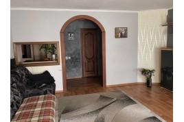 3-х кімнатна квартира по вул. Героїв Дніпра 25, район Шарлотки.