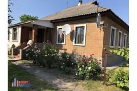 Продається будинок в 17 км від Черкас, с. Дубіївка