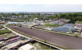 Продається земельна ділянка, площею 1.7 га в  с. Коробівка