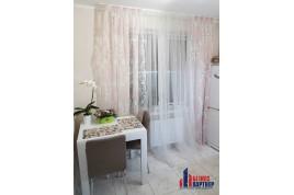 Продается 1-к квартира в  с дизайнерским ремонтом, по ул. Гайдара