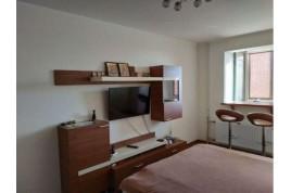 Продам однокiмнатну квартиру по вул. Г.Днiпра 69.