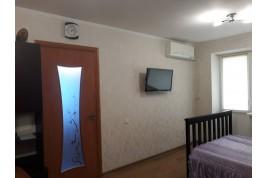 Продается 2 комнатная квартира по ул. В.Чорновола, район Зеленой