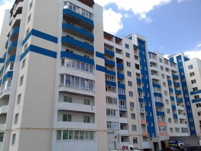 Продается просторная 3-х комнатная квартира в новом доме на Мытнице