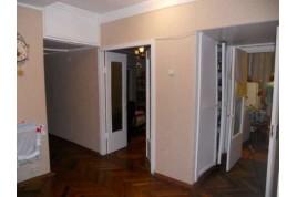 Продаеться 3-кімн. кв.,по  вул. Пастерівська.