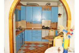 Продается 3 комнатная квартира в центре города