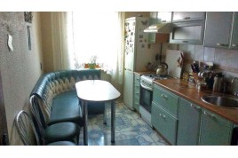 Продается 3 комнатная квартира по ул. Петровского,г. Черкассы