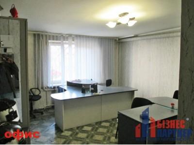 Продается не жилое помещение ул. П. Комуны в г. Черкассы.